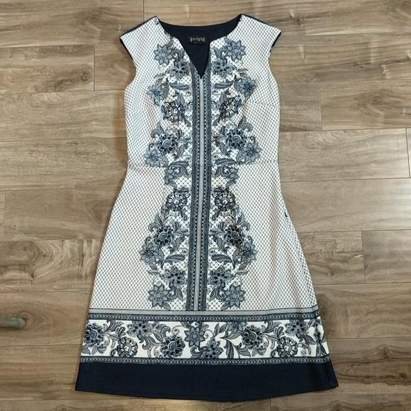 EN FOCUS STUDIO Blue and White Floral Dress EUC
